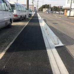 歩道にも安心安全な側溝を?